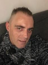Seb , 43, Switzerland, Geneve