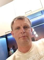 Yuriy, 40, Russia, Voskresensk