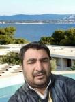 Cengiz, 42, Istanbul