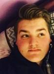 jon, 20  , Roseville (State of Michigan)