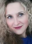 Julia, 38  , Kiev