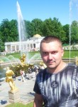 Aleksey Bogdanov, 44  , Polyarnyye Zori