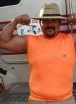 Roberto, 40  , Monclova
