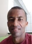 Luis Silva San, 39, Salvador