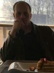 Kirill Lionovk, 36  , Saint Petersburg