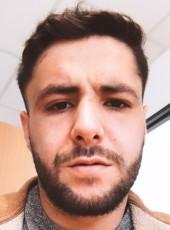 Yoann, 25, France, Perpignan