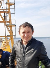 Yura, 33, Russia, Novocheboksarsk