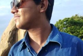 Wajid, 21 - Just Me