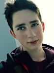 Kirill, 18  , Kaluga