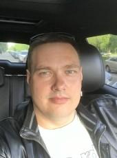Roman, 38, Russia, Saint Petersburg