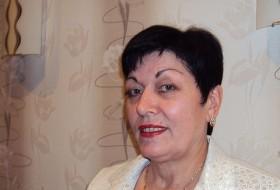 Lidiya, 67 - Just Me