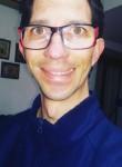 Giuseppe, 35  , Benevento