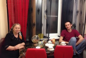 Islam i Elina, 31 - Just Me