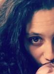 Stella, 24  , Castres