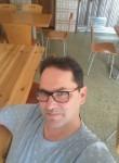 Paulo, 47  , Serta