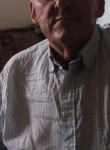 Paul, 70  , Amiens