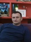 Vadim Sosnin, 43  , Belousovo