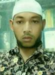 Setiya, 32, Surabaya