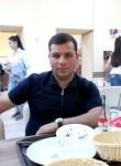 Vahe, 25  , Gyumri