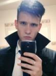 Aleksandr, 19  , Yekaterinburg