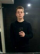 Lukasz, 21, Poland, Gniezno