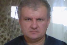 Gennadiy, 61 - Just Me