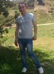 Menad, 31  , Akbou