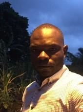 Generoso, 27, Equatorial Guinea, Malabo