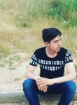 Salih, 18, Ankara