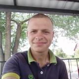 Nikolay , 24  , Petrove