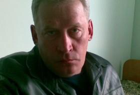 Michael, 59 - Just Me