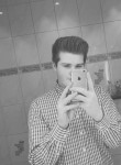 Chris, 21  , Greifenstein