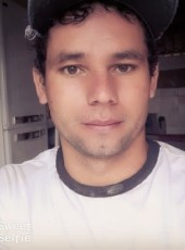 Jefferson , 18, Brazil, Palotina