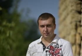 Artyem, 37 - Just Me
