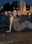 Anna, 25  , Elnya