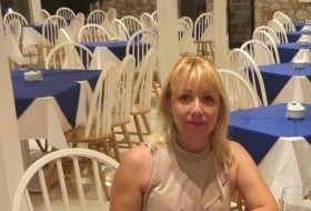 Lena, 44 - Just Me