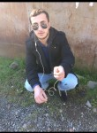 tornike, 23  , Batumi
