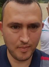 TC Ugur, 32, Turkey, Besikduzu