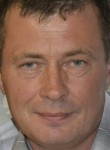 Aleksandr, 48  , Issa