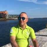 Kamiran, 32  , Neder Holluf
