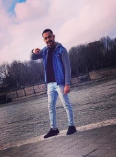Moha, 23, France, Montreuil