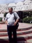 Khuseyn, 66  , Vladivostok