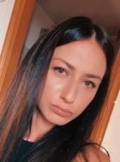 Star, 25, Russia, Yekaterinburg