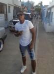Manuel, 26, Santo Domingo