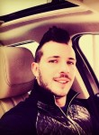 francesco, 30  , Roggiano Gravina