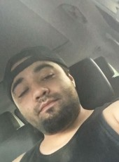 Jr, 25, United States of America, Dallas