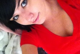 Kate, 26 - Just Me