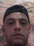 Clayton, 38, Sao Paulo