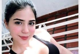 Esra, 32 - Just Me