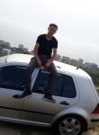 Xhuliano, 21  , Tirana